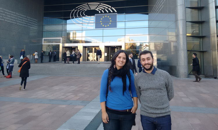 "Dos miembros de EGK participan en la iniciativa ""European Parliament Hearing on Youth Unemployment"" en Bruselas"