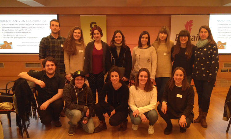 Sexualitatearen Koloreak gida aurkeztu dugu - Euskadiko Gazteriaren Kontseilua