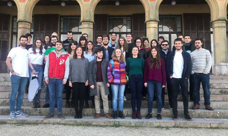 Gazteon saretzea eta elkarlana sustatzen duten proiektuen bila? - Euskadiko Gazteriaren Kontseilua (EGK)